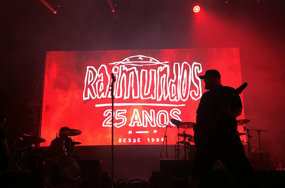 Raimundos faz show da turnê de 25 anos do primeiro disco no Planeta Brasil (Amon Borges - 26.jan.2019/Folhapress)