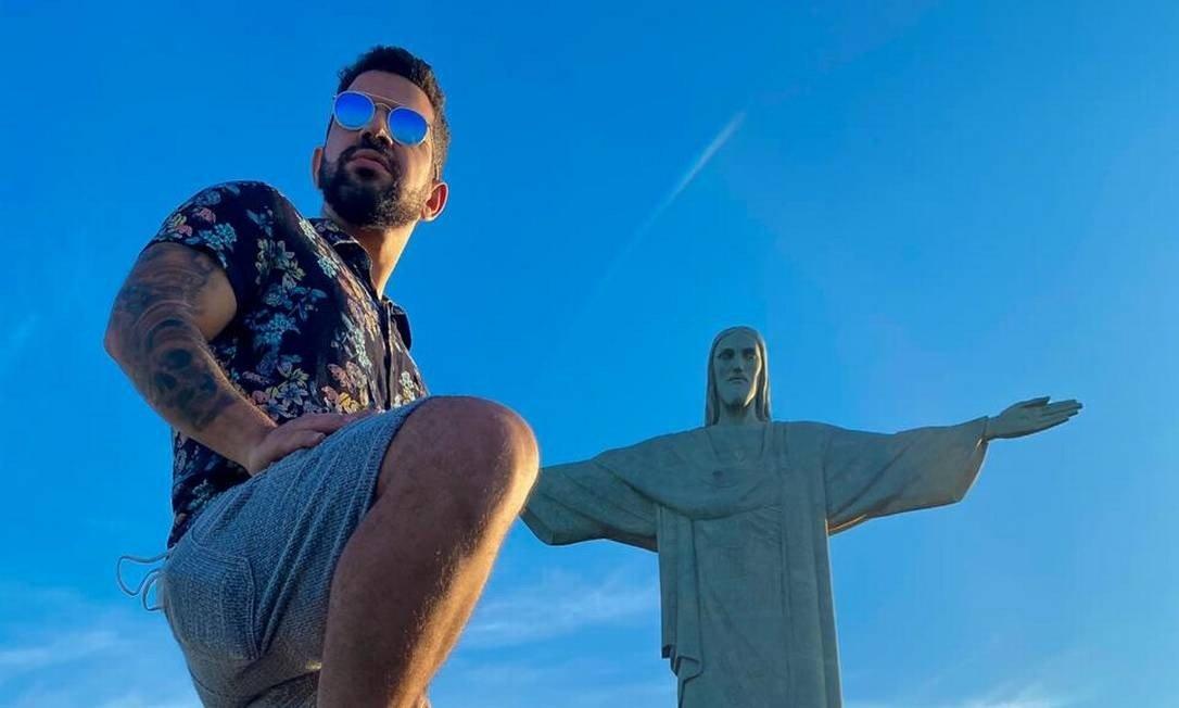 Dennis DJ leva funk a show no Cristo Redentor em live beneficente